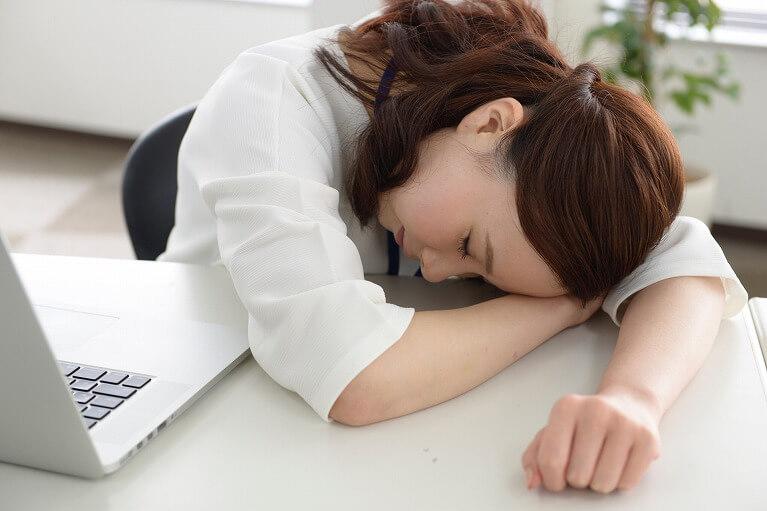 日中の強い眠気